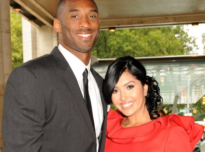 kobe bryant 8 ans apr s le scandale sa femme demande le divorce. Black Bedroom Furniture Sets. Home Design Ideas