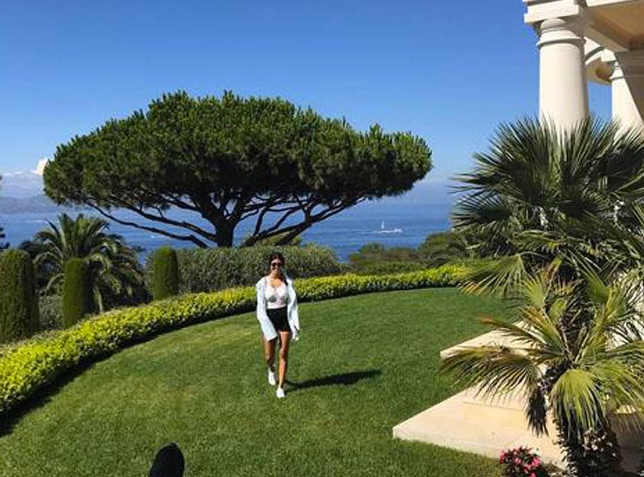 Kourtney Kardashian amoureuse... du sud de la France !