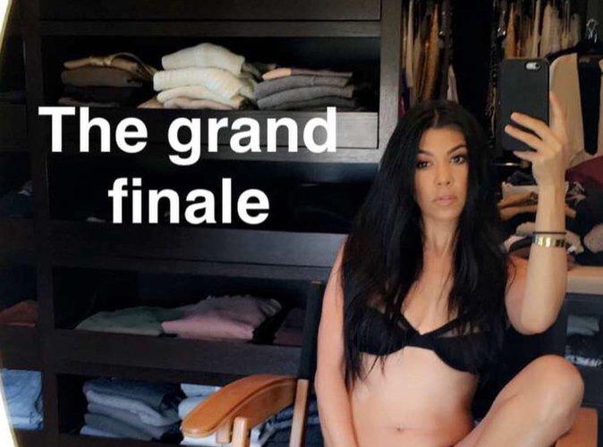 Kourtney Kardashian : la cougar nous montre son minou …