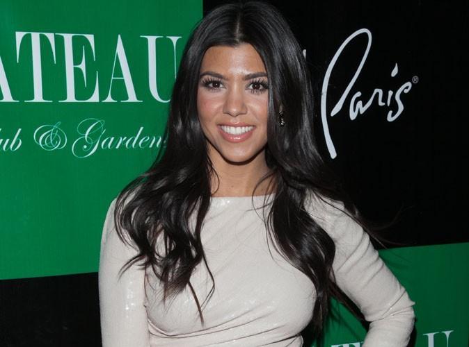 Kourtney Kardashian : tellement heureuse des fiançailles de sa sœur Kim !