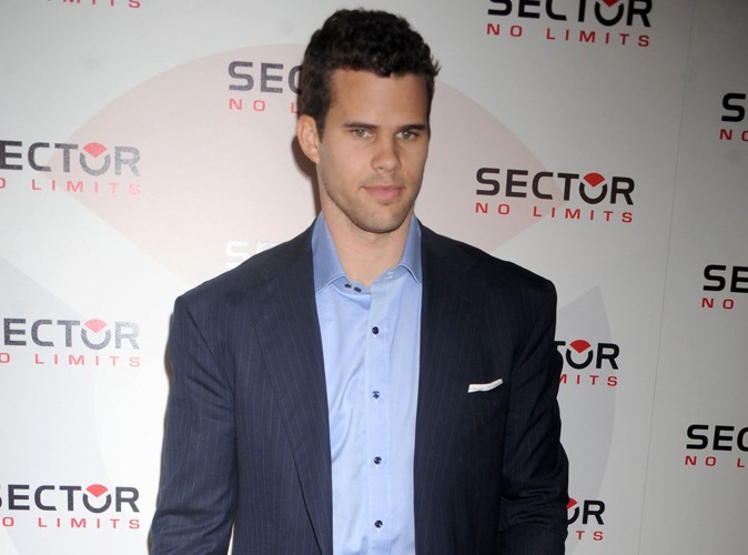 Kris Humphries : il sera son propre avocat lors du divorce !