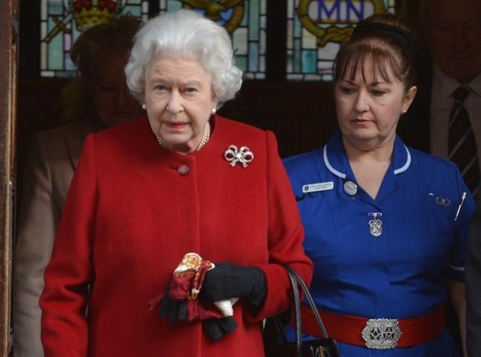 La reine Elizabeth II : plus de peur que de mal, elle est déjà sortie de l'hôpital !