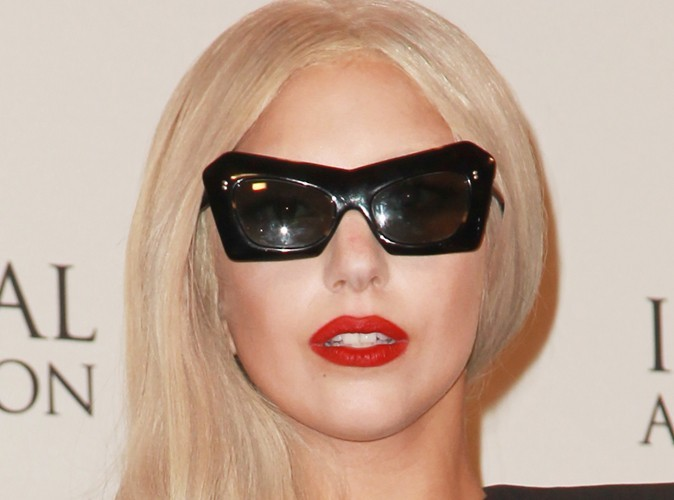 Lady Gaga : elle vend ses places de concert aux enchères !