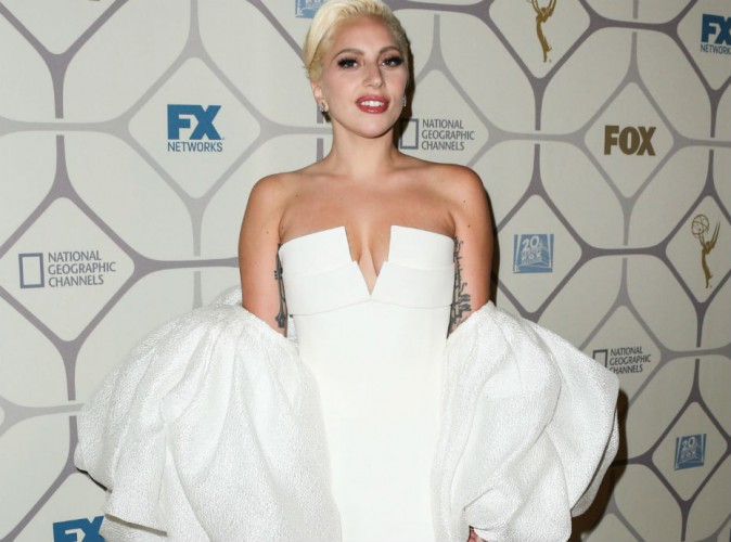 """Lady Gaga : sacrée """"Femme de l'année"""", elle n'y croit pas !"""