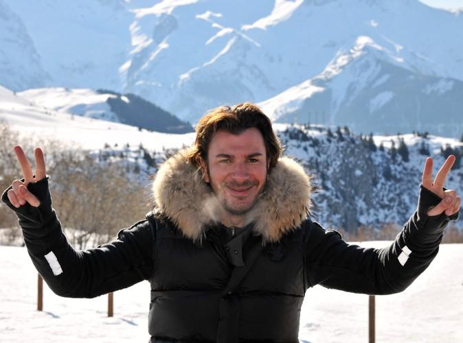 Le meilleur de twitter michael youn je suis un abruti for Jean dujardin fume