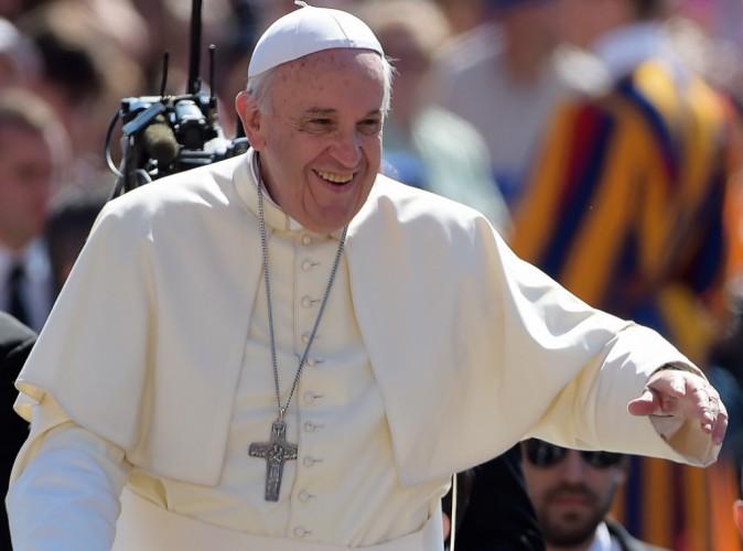 Le pape François souhaite que l'avortement soit pardonné par les prêtres !