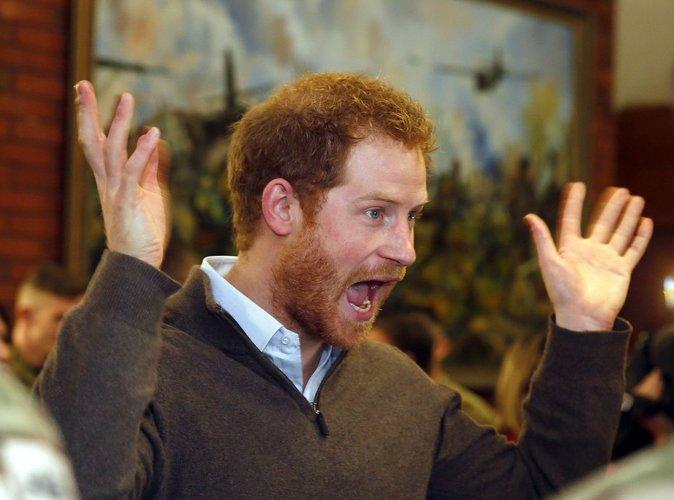 Le prince Harry : bientôt prêt à se mettre à poil ?