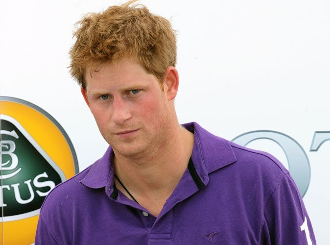 Le prince Harry : week-end arrosé et flirt à tout va !