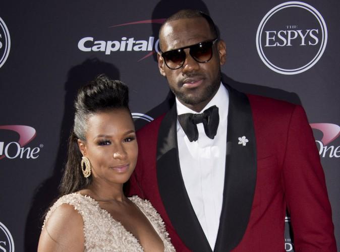 LeBron James : la star de la NBA bientôt papa pour la troisième fois !