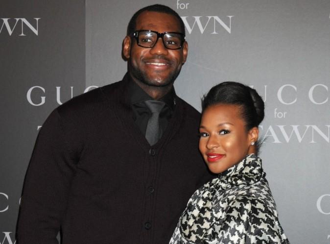 LeBron James : le célèbre joueur de basket des Miami Heat s'est fiancé !