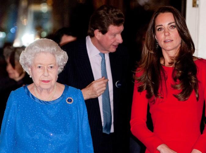 Les 10 commandements (interdictions) de la reine Elisabeth II à Kate Middleton !