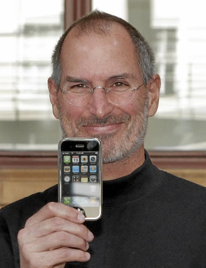 """Le documentaire """"Steve Jobs : l'homme qui a révolutionné notre quotidien"""" sur M6 à 0h15 !"""