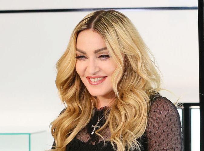 Madonna : elle continue de faire du pied à Rocco!