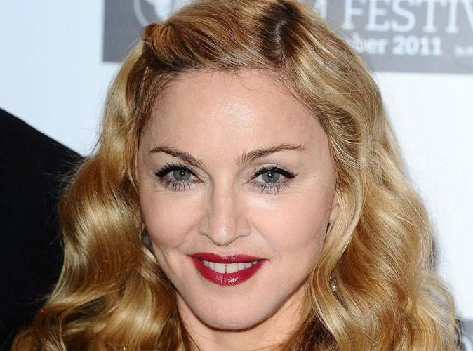 Madonna : elle menace d'arrêter un concert si les spectateurs fument !
