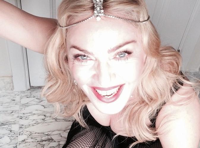 Madonna : poitrine bien en vue et très large sourire, la quinqua sous le feu des critiques répond à ses détracteurs !