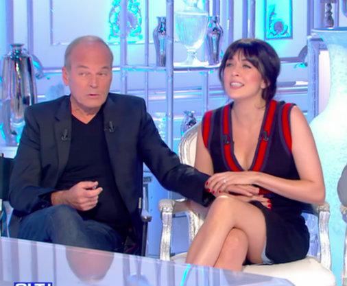 #MalaiseTV : quand Laurent Baffie remonte la robe de Nolwenn Leroy...