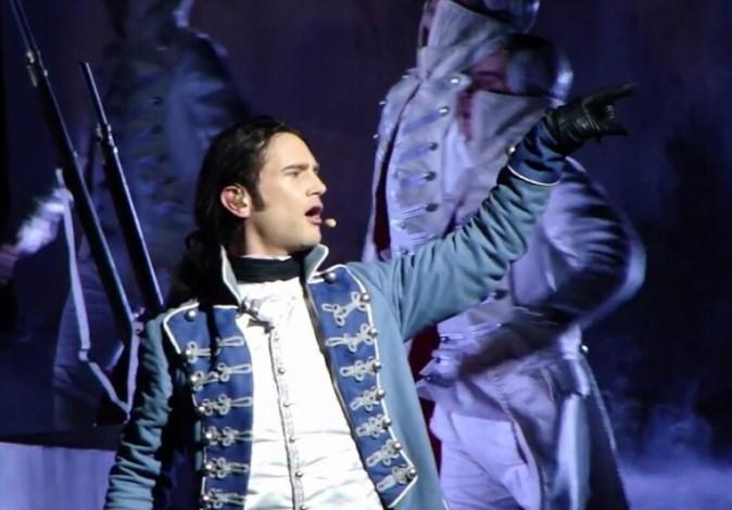 """Mathieu Carnot (1789 : Les Amants de la Bastille) : """"choqué"""" après l'explosion lors des répétitions du spectacle !"""