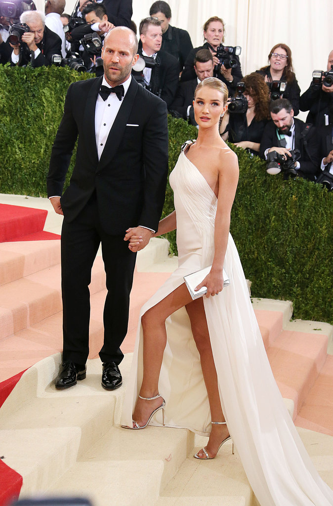 Met Gala 2016 : Rosie Huntington-Whiteley et Jason Statham au Metropolitan Museum of Art à New York