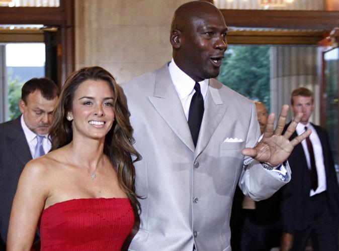 Michael Jordan : le légendaire basketteur fiancé !