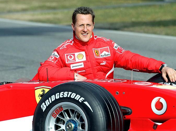 """Michael Schumacher : son entourage se dit """"confiant"""" et évoque """"des petits signes encourageants""""..."""