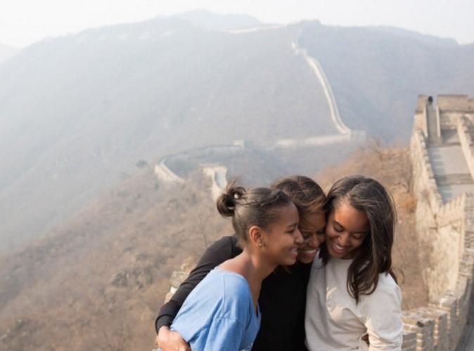 Michelle Obama : visite de la Grande Muraille de Chine avec ses deux charmantes filles lors d'un séjour controversé...