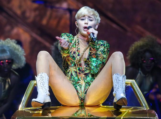"""Miley Cyrus : durant son hospitalisation """"effrayante"""", elle avoue avoir """"supplié"""" les médecins !"""