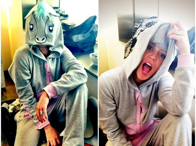 Miley Cyrus : elle s'affiche à nouveau avec sa bague de fiançailles !