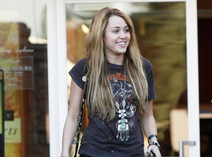 Miley Cyrus éprise d'un acteur anglais ?