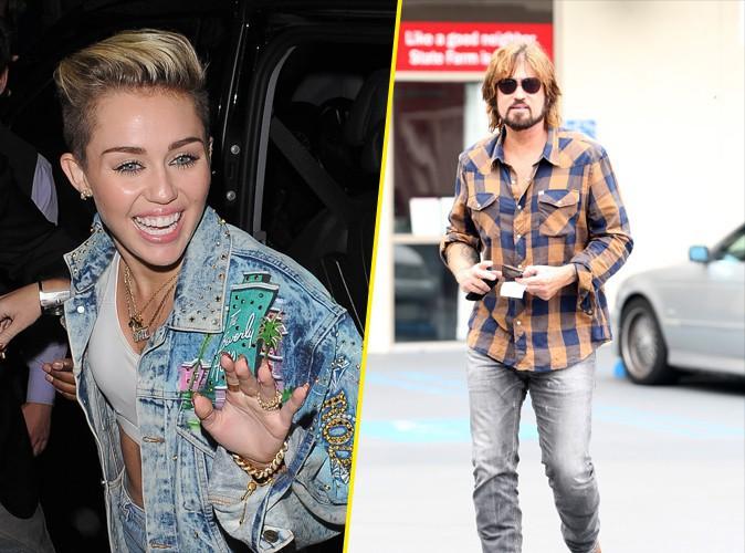 """Miley Cyrus est la fierté de son père :""""Ma fille c'est une artiste"""""""