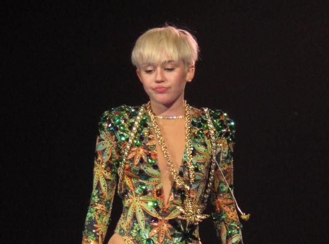 Miley Cyrus : pressentie pour incarner le rôle de la Fée Clochette dans Peter Pan !