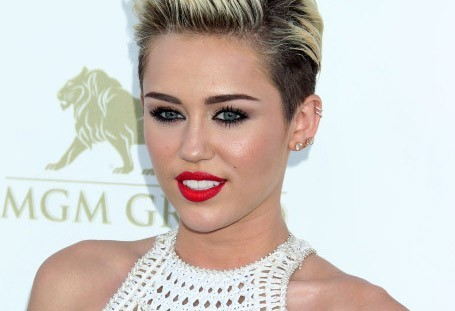 Miley Cyrus : shake son booty comme personne !