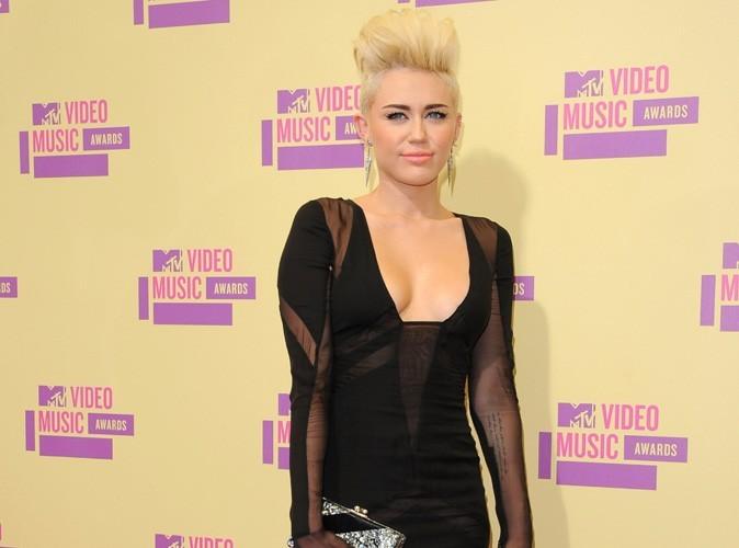 Miley Cyrus : un fan détraqué a tenté de s'introduire chez elle !