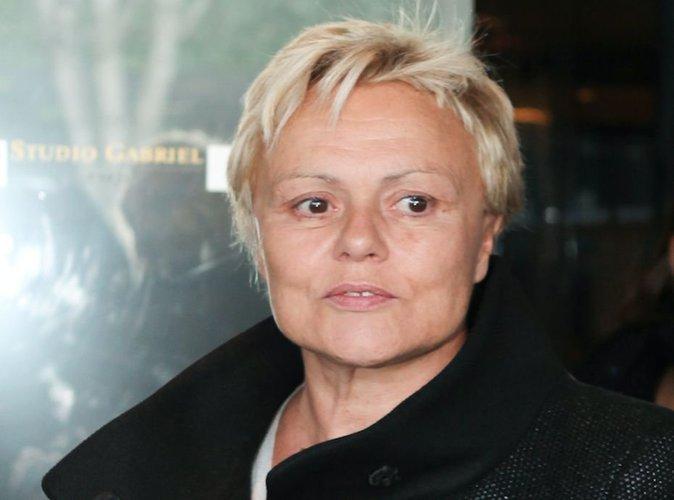 Muriel Robin : après son malaise, pas de retour sur scène avant 2017 !