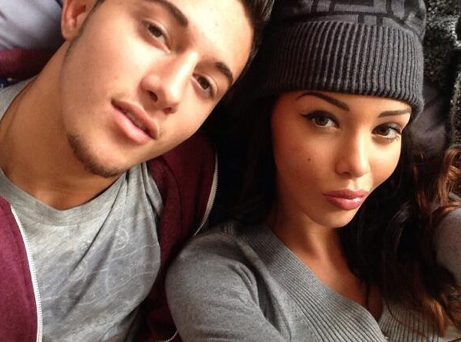 Nabilla Benattia : complètement in love de son frère Tarek !