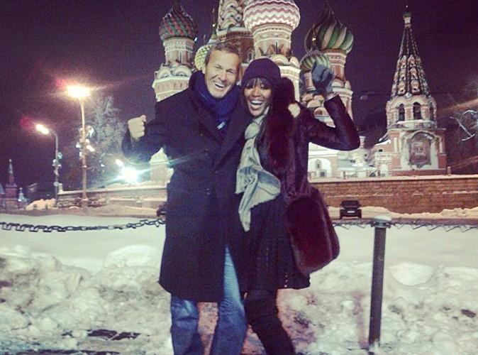 Naomi Campbell nous fait parvenir sa carte postale de Russie !