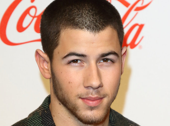 Nick Jonas : en couple avec Kate Hudson ? Il répond