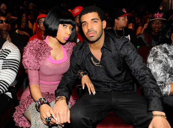 "Nicki Minaj : la bimbo veut enregistrer un duo avec Drake, son ""bébé"" !"