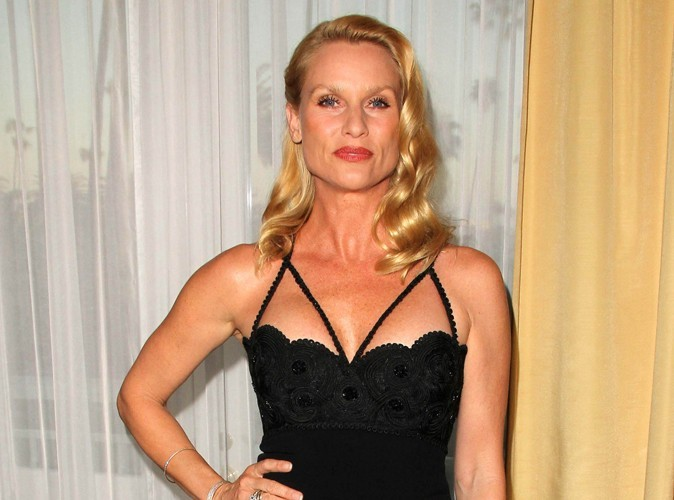 Nicolette Sheridan : l'ex-star de Desperate Housewives craque en plein procès !