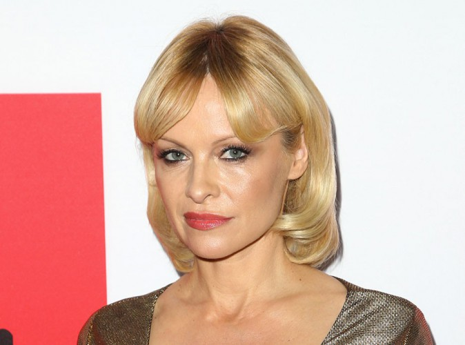 """Pamela Anderson """"à poil"""" pour la PETA !"""