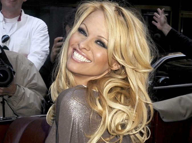 Pamela Anderson : en bikini, elle est toujours incroyable, regardez !