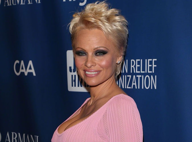 Pamela Anderson : la police canadienne enquête sur ses récentes révélations !