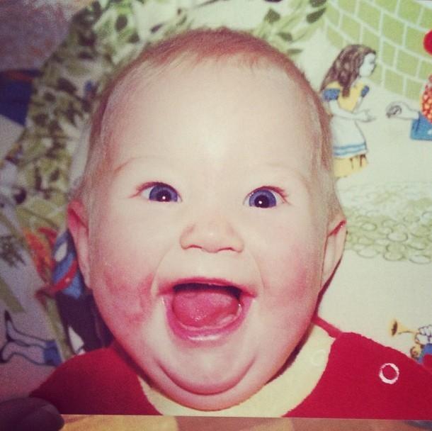 Photo : reconnaissez-vous ce beau bébé joufflu et souriant ?