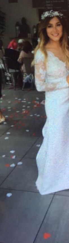 Anaïs Camizuli s\u0027est mariée samedi 13 mai avec son compagnon Sultan.  Découvrez les