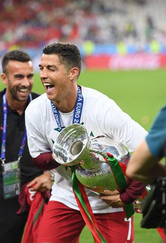 Photos : Cristiano Ronaldo : la finale de l'Euro 2016, son grand bonheur !