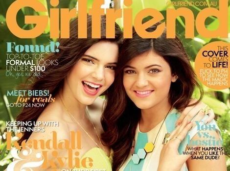 Photos : Kendall et Kylie Jenner : deux poupées sophistiquées qui subliment la une de Girlfriend Magazine...