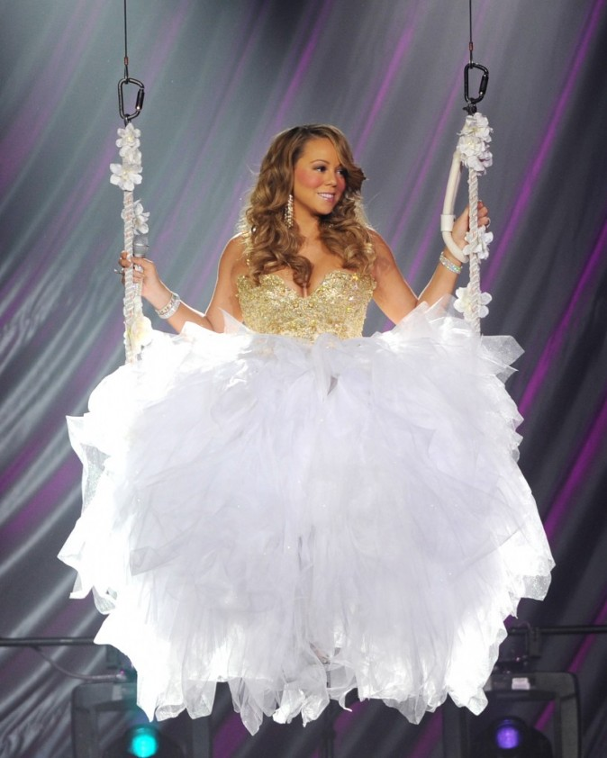 Happy Birthday Mariah Carey !