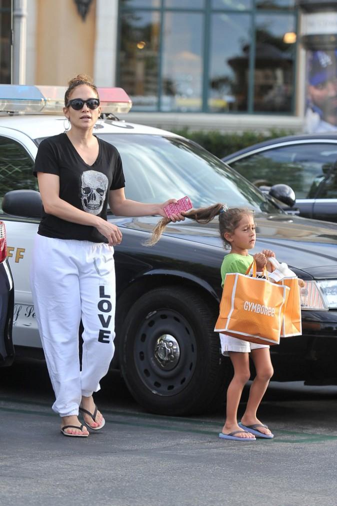Jennifer Lopez évite à sa fille un accident de voiture