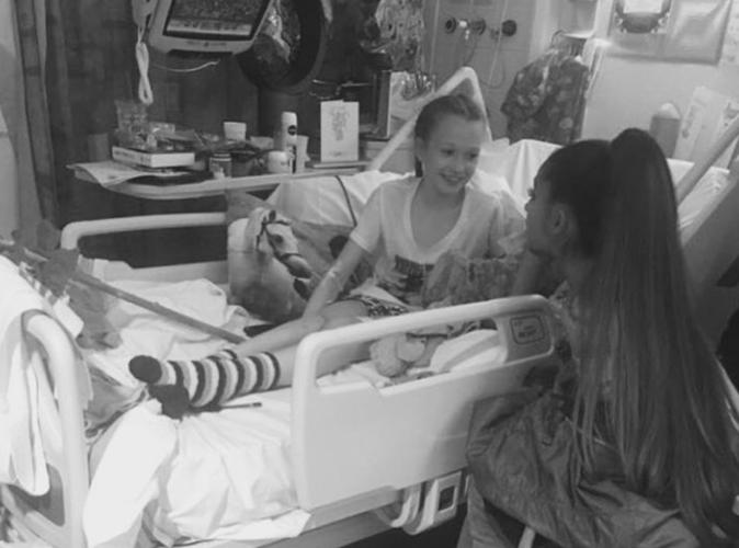 Ariana Grande : Sa visite surprise à l'hôpital de Manchester pour rencontrer ses fans !