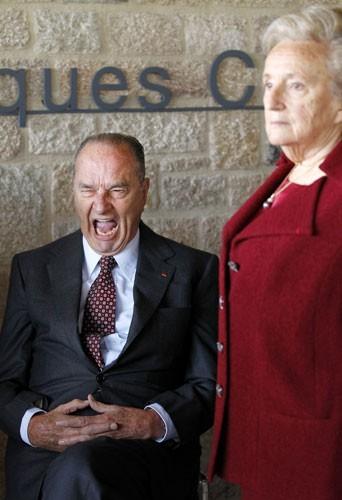 Jacques Chirac, épanoui aux côtés de Bernadette!
