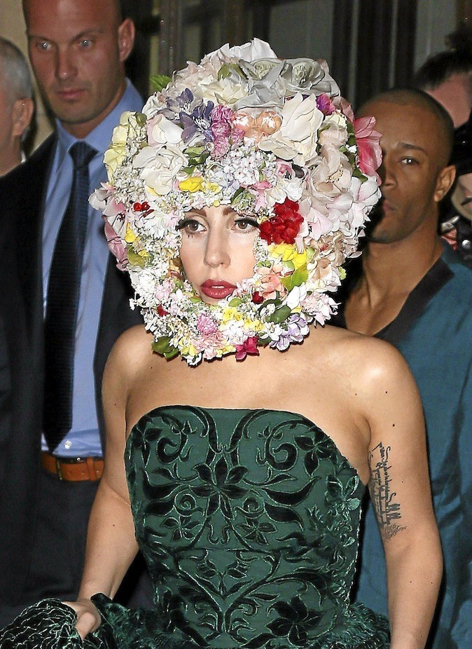 Lady Gaga. Flower Power